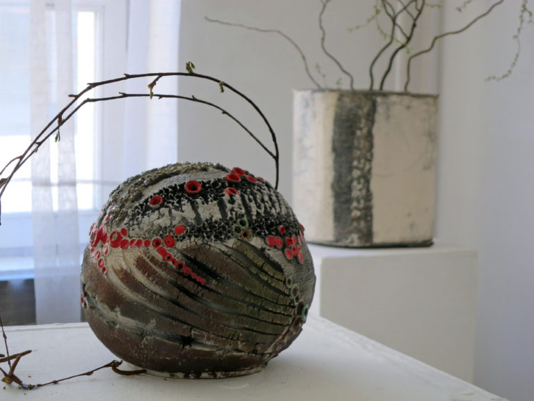 Korallzátony - Tapintható univerzumok: egyéni kiállítás Suttogógömbökkel