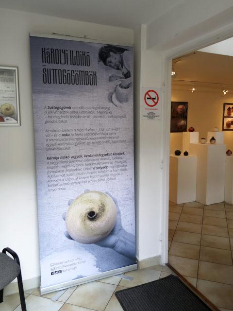 Hitvallás - Tapintható univerzumok: egyéni kiállítás Suttogógömbökkel