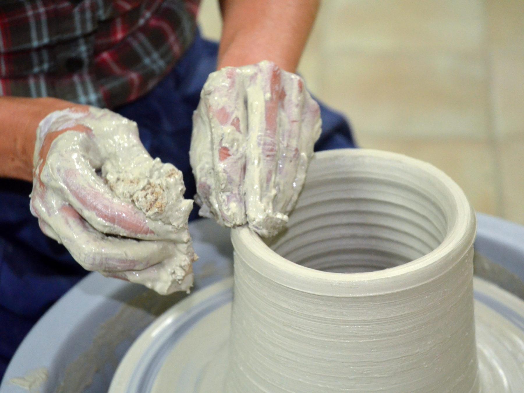 Clay, Wheel, Hands - 1st International Ceramic Symposium in Salento and Raku Workshop