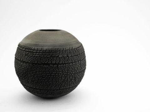 Black Dome: Whispering Globe - Ildikó Károlyi
