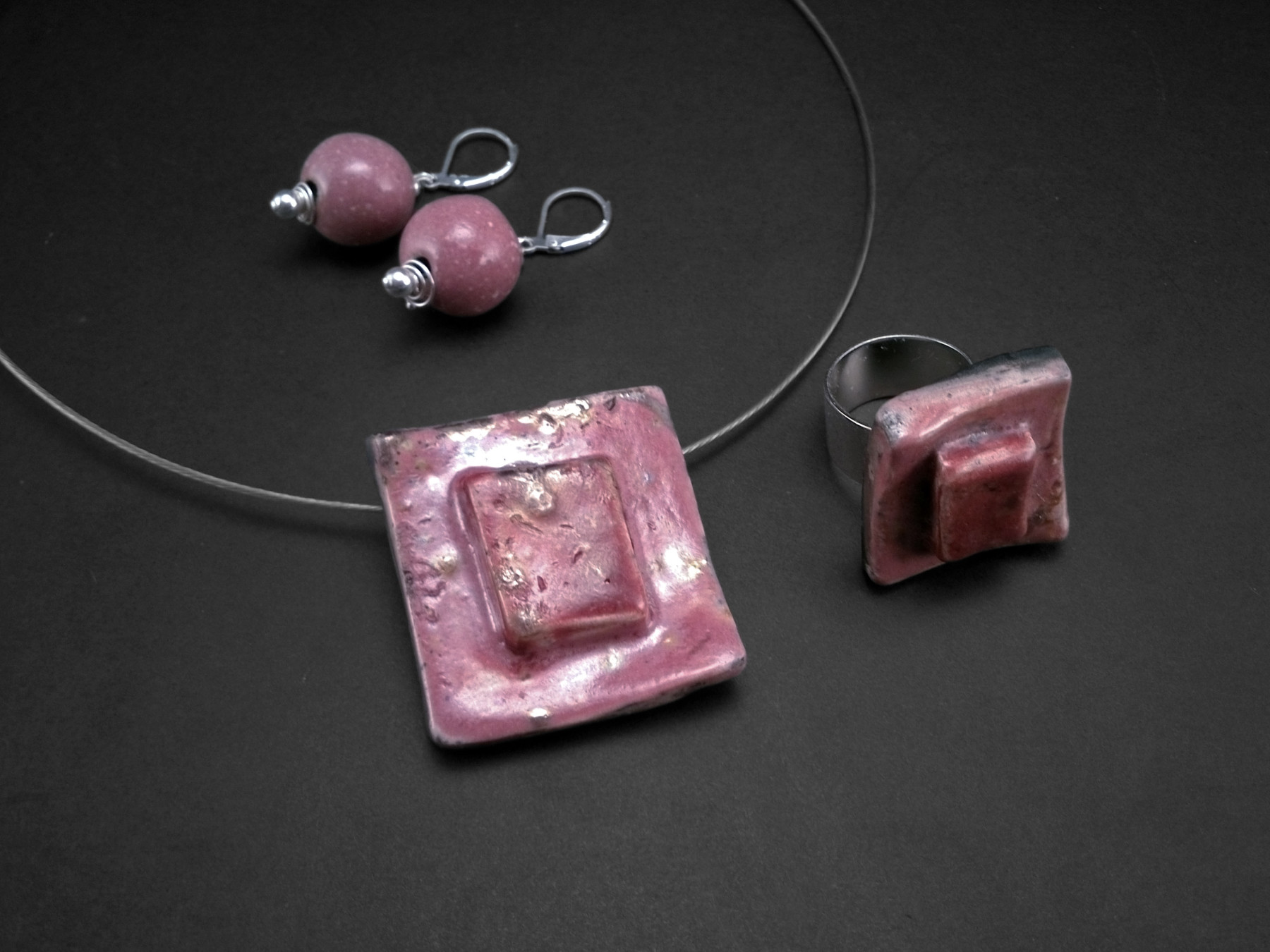Punch Cake Medal, Ring and Pendants - Ildikó Károlyi