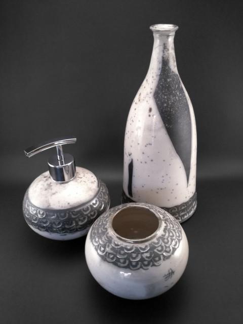 Black & White Bathroom Set - Ildikó Károlyi