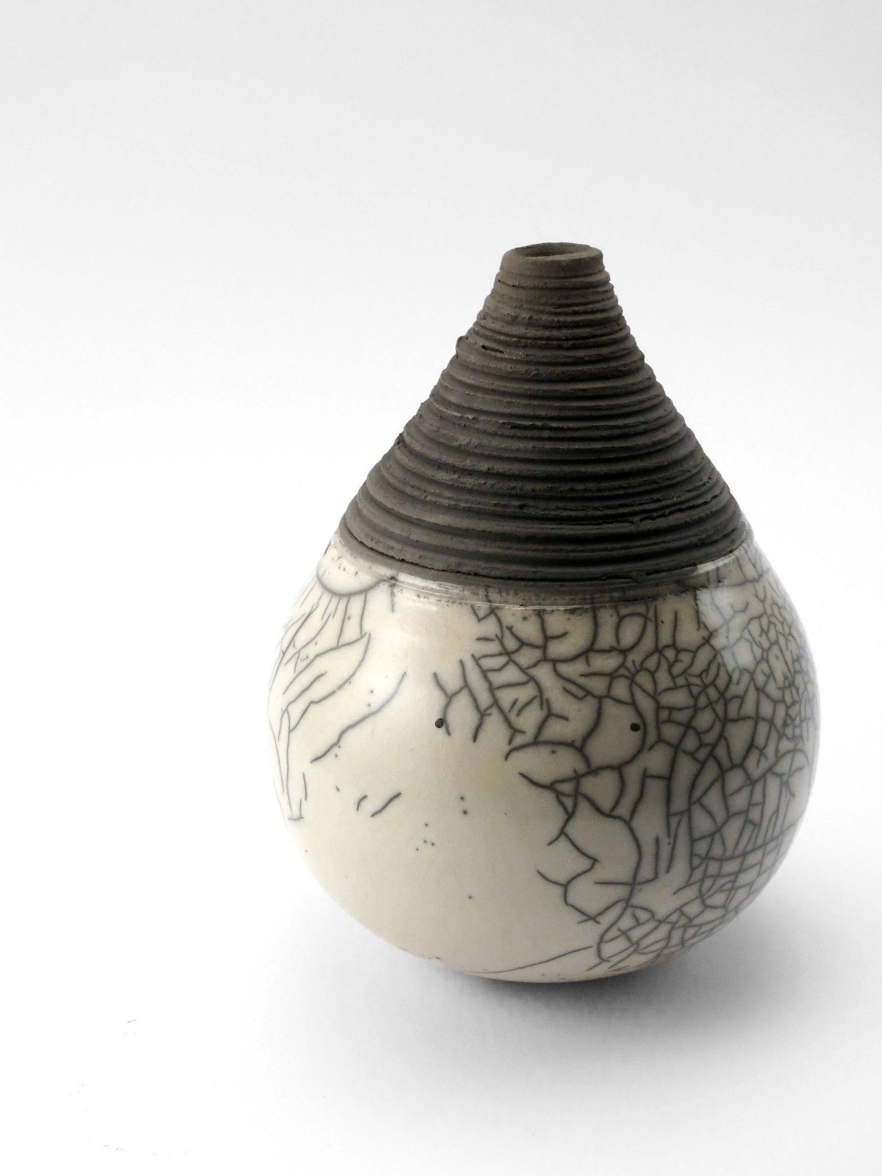 Fractured but Whole II: Whispering Globe - Ildikó Károlyi