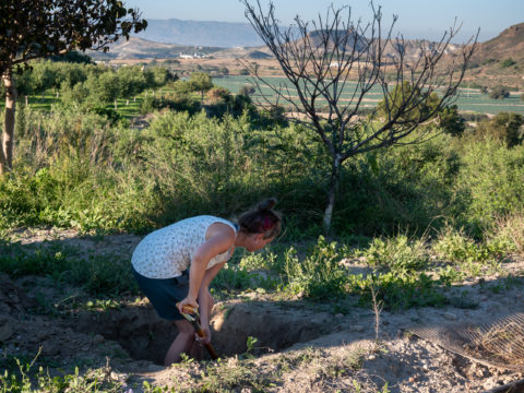 Digging a Pit - Ildikó Károlyi ceramics