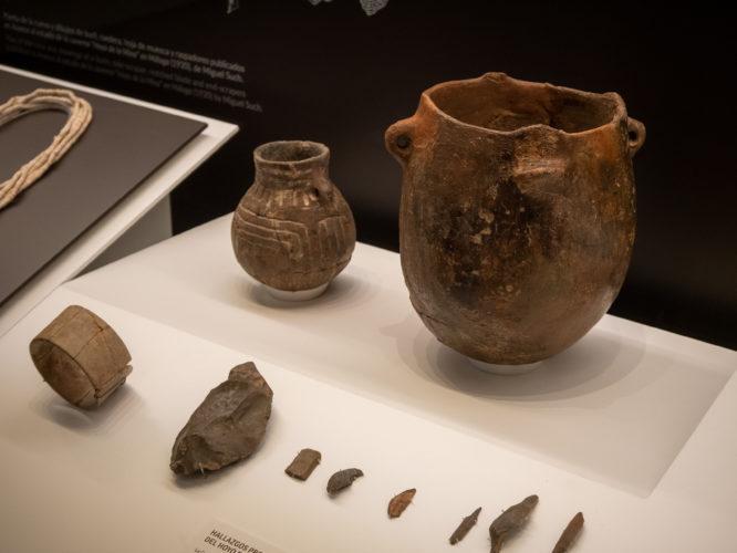 Neolit edények és eszközök, Málaga - Károlyi Ildikó