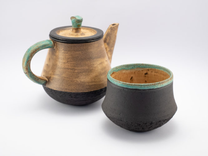 Teapot and Cup from the Neolithic series - Ildikó Károlyi