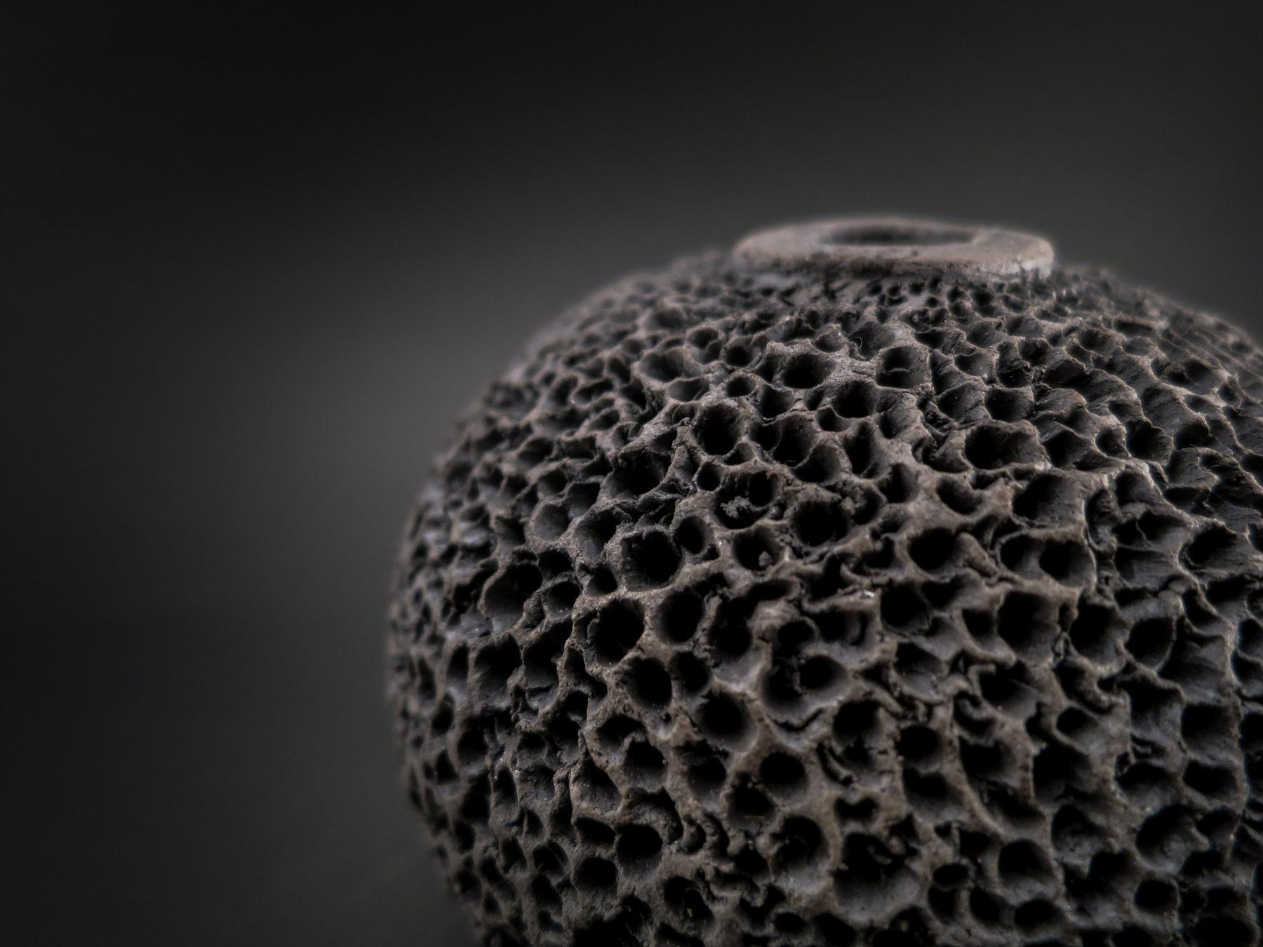 Black Sponge: Whispering Globe close up - Ildikó Károlyi
