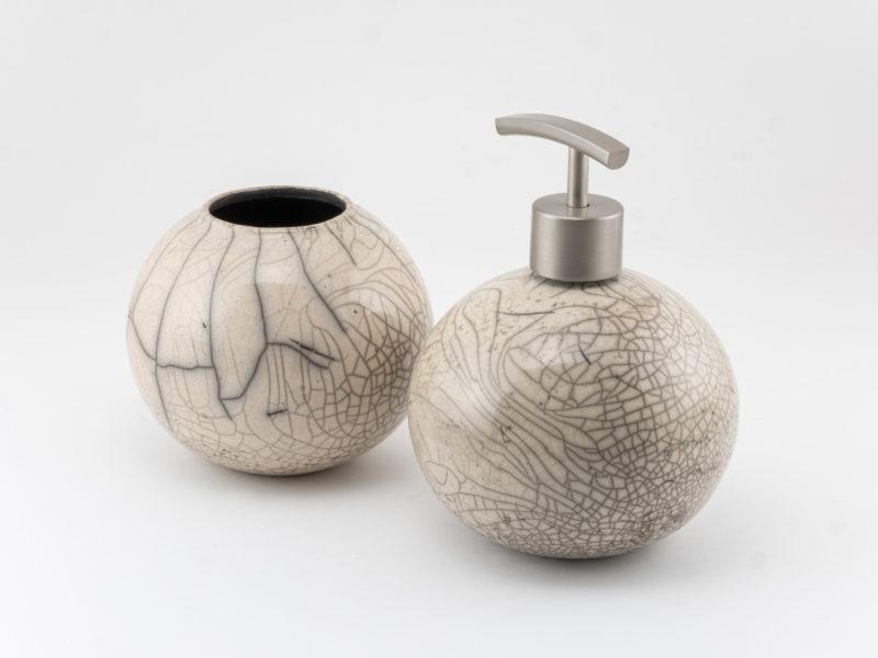 Crackled Raku Bathroom Accessories - Ildikó Károlyi