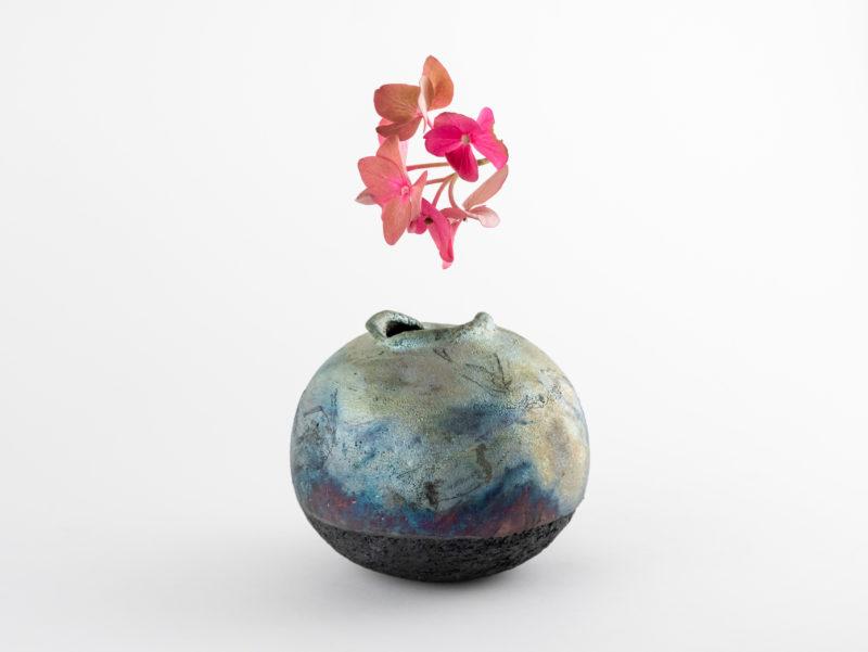 Grotta Cipollina: Whispering Globe by Ildikó Károlyi ceramics