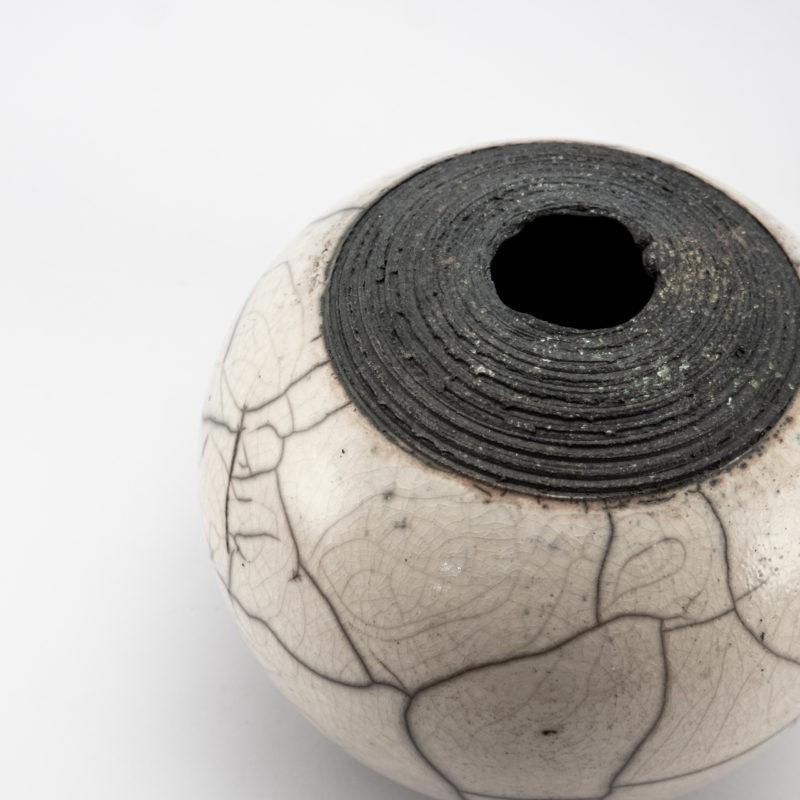 Reconnect: Whispering Globe - Ildikó Károlyi