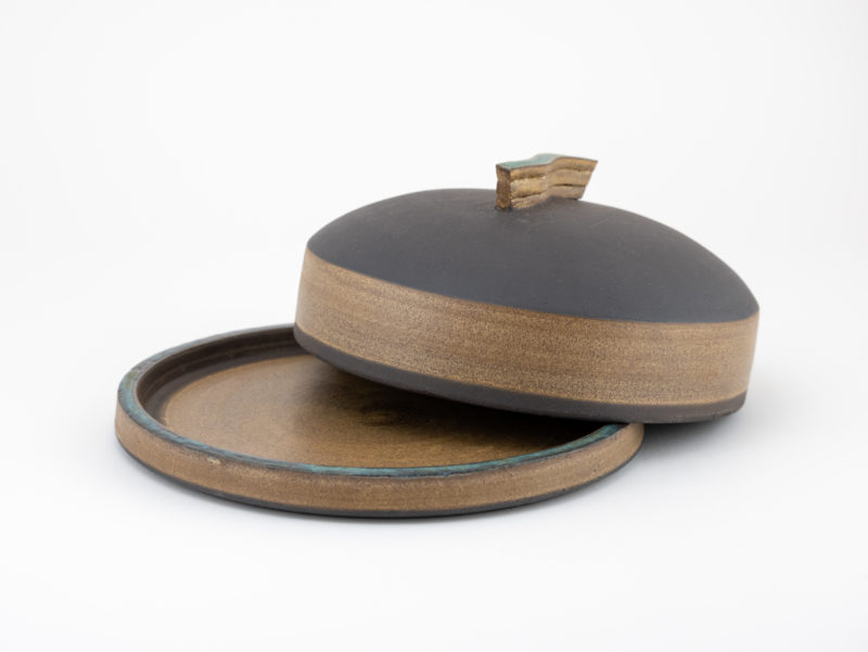 Stoneware butter dish from the Neolithic series by Ildikó Károlyi ceramics