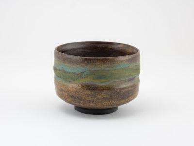Wild-clay Glazed Chawan back: Ildikó Károlyi